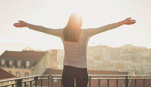 Sedentarietà: quantificati i benefici legati alle semplici attività in piedi