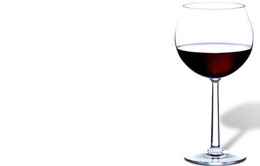Dopo i 65 anni un bicchiere di vino può allungare la vita