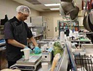 Gli alimenti molto lavorati industrialmente fanno mangiare di più ed ingrassare (24/06/2019)